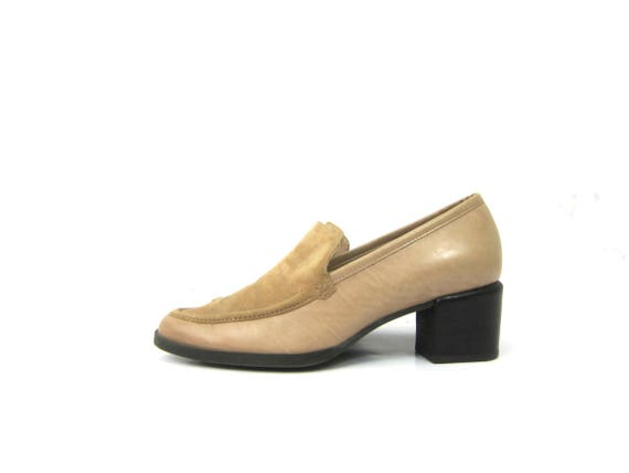 Enzo Angiolini Beige Leather Shoes 1990s Simple Dress Shoes Chunky Heels Loafers Classic Work Shoes Womens Size 6.5