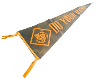 Vintage Cub Scout Pennant~ Do your Best~ 1950's