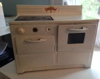Little Chef Oven and Stove 1950's Toy