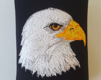 Embroidered Bald Eagle Can Insulator