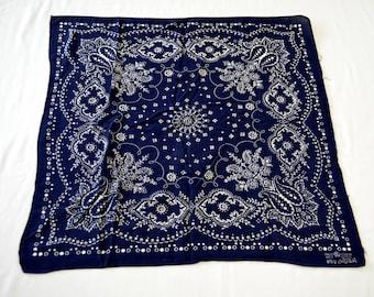 Vintage Fast Color ELEPHANT TRUNK up BLUE bandana 100% cotton polka dots