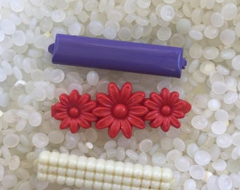 vintage  barrette plastic childs barrettes, white bubble bar ,dark purple bar , red  daisy, red flowers