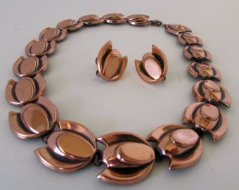 Vintage Renoir Copper Art Deco Necklace and Earring Set Stylistic Leaves Screw back earrings Modernist