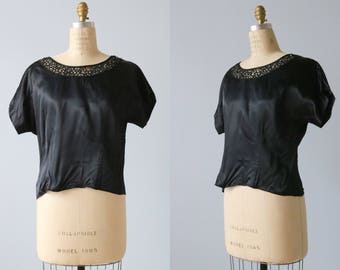 Black 1950s Blouse / 50s Blouse / Satin Black Blouse with Lace Collar and Rheinstones