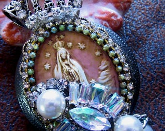 Catholic Virgin Mary Our Lady of Fatima Cameo and St. Jude Pocket Statue  Religious Locket Shrine Pendant with Vintage Pocket Statue