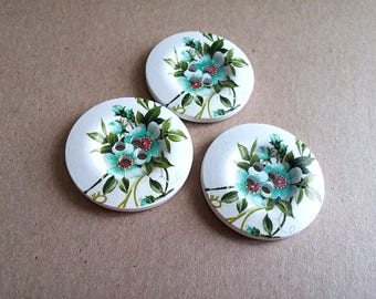 1.5 inch buttons - Pervenche flowers wooden sewing buttons - set of 3