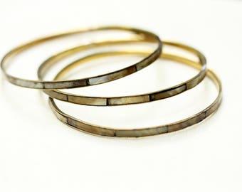 Gold Bangle Set, Shell Bangles, Striped Bangle, MOP bracelet, Gold Bangles, Thin Bangle, Thin Gold Bracelet, Gold Bracelet, Shell Bracelet