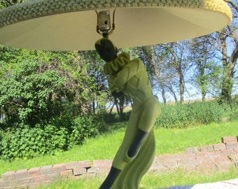 1951 Mid Century Reglor Dancing Lady Chalkware Green Table Lamp Court Jester with shade