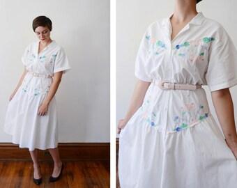 1980s White Cotton Dress with Pastel Floral Appliqué - L