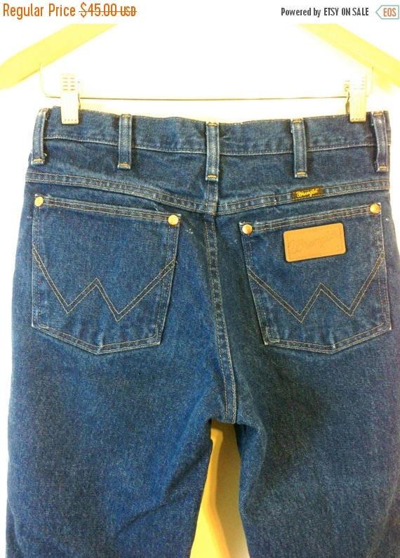 SALE 50% OFF Vintage 1970s Wrangler Jeans Cowboy Cut Heavyweight Denim Original Fit Dark Blue Wash High Rise Waist Unisex Western Men's Wome