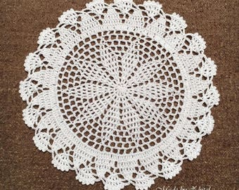 D-105. Crochet Doily Christmas Wedding Tool New Year White Doily Circular Drink Coasters Hand crocheted  Lace MANDALA Crochet Round Doily