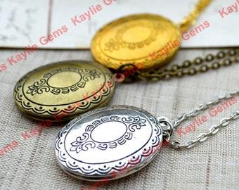 Vintage Style Oval Lockets Pendant Necklace
