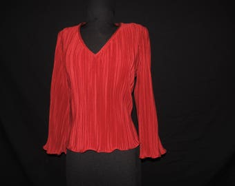 red pleated blouse 70s crimson full bell sleeve disco V neck tunic top medium large