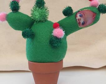 Happy Cactus Desk Ornament