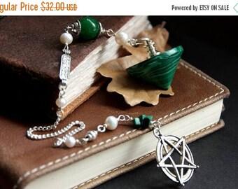 BACK to SCHOOL SALE Green Gemstone Pendulum. Malachite Pendulum. Divination Tool. Dowsing Pendulum. Scrying Spirituality Tool. New Age Heali