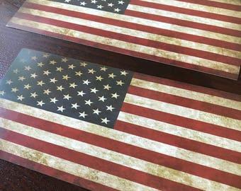 2 cardboard flags