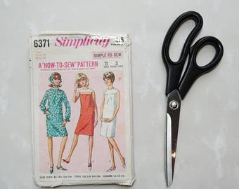 Vintage Simplicity 6371 1965 Sewing pattern For Dress and Head Scarf, Size 14, Bust 34