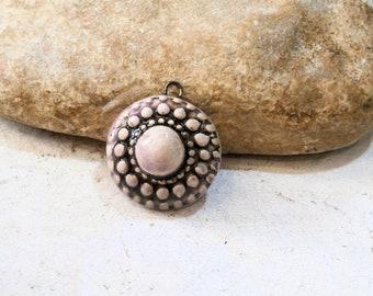 pendentif rosace céramique - pièce pour création fourniture - lilas pastel romantique