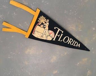 Vintage Felt  Florida Pennant, Souvenir, 50s, collectible, beach house decor