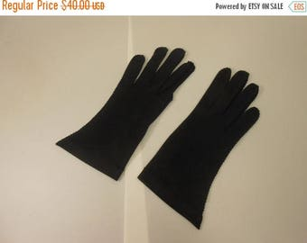 WW2 ENDS SALE The Black Hand of Romance - 1950s Jet Black Nylon Just to the Wrist Gloves - 7