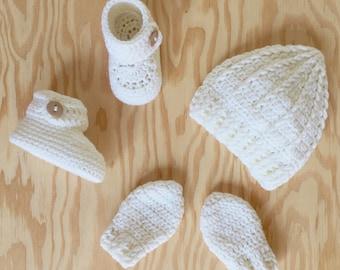 Newborn Baby Hat, Booties and Mittens Gift Set in White Merino Wool