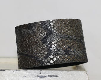 Metallic Leather Cuff Bracelet Snakeskin Print Genuine Leather Gray and Black Leather Cuff
