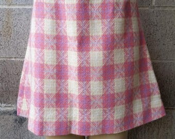 "Clear Out Sale Vintage Plaid Skirt, wool Blend, Pink Plaid Skirt, 1960's Plaid Skirt, 26"" Waist, Size Small, #61703"