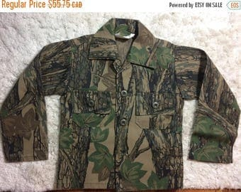 20% SALE 60s 70s Boys camouflage Jacket Size 4 Denim USA