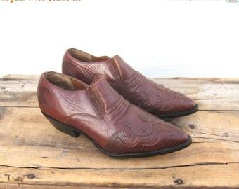 SALE Ankle Chelsea Booties Cognac Leather  Winklepickers 1990s Ladies Size 6 Deadstock