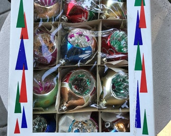 Vintage Christmas Ornaments Santa Land Christmas Tree poland hand blown set of 12 Vintage Christmas Reflective Centers Bold Colors Oblong