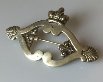 1900s Edwardian to teens antique sterling silver Scottish luckenbooth style brooch - signed M.S.