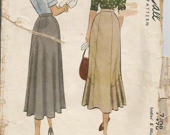 1940s Skirt Pattern Flounce McCall 7498 Waist 32 Women's Skirt Sewing Pattern Women's Vintage Sewing Pattern