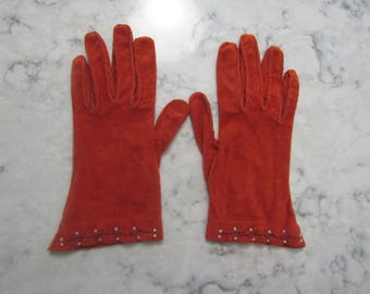 """VINTAGE 1940's KAYSER Rust Rayon (?) Faux Suede Wrist Length 8.5"""" Gloves--Size 7---Glove Auction #3053-0817"""