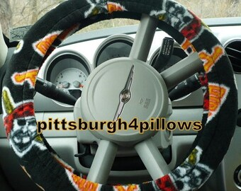 CHRISTMAS IN JULY Pittsburgh Pirates - Fleece - ( Warm ) - Steering Wheel Cover - ( Cars Only ) - Read Below