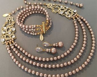 Complete Pearl Backdrop Necklace Set in Gold and Champagne Necklace Bracelet Earrings Art Deco Gatsby rhinestone 3 strands Swarovski pearls