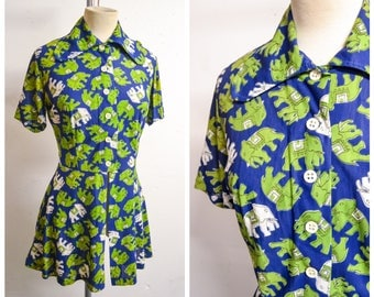 1970s Novelty elephant print blue & green tunic top / 60s 70s long collar printed peplum blouse - M