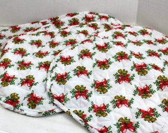 4 Vintage Quilted Oval Placemats Christmas Bells Place Mat white red ruffle