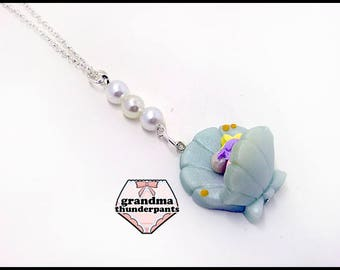 Mermaid Shell Chair Necklace, Mermaid Necklace, Fish Necklace, Star Pillow, Kawaii