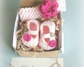 Baby Girl Reveal, headband and Booties in a Box® Set, Grandparent Reveal, Princess Reveal, Baby Girl Gift, Gender Reveal, Ready to Ship