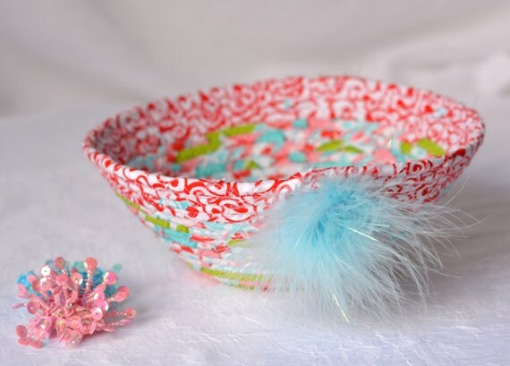 Easter Gift Basket, Handmade Artisan Quilted Bowl, Lovely Red and Aqua Fabric Bowl, Cute Desk Accessory, Bling Ring Holder, Key Holder