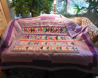 Throw quilt in Purple