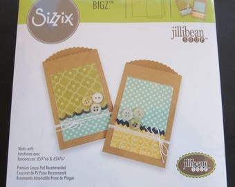 "Scallop Edge Pocket- Sizzix Bigz Die By Jillibean Soup 5.5""X6"""
