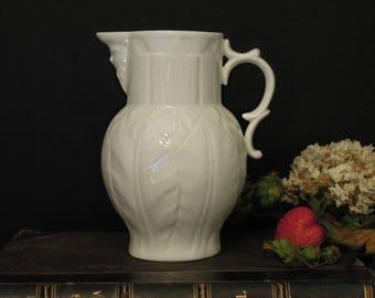 Vintage Creamer Pot / White Porcelain Pitcher / Bone China / Royal Worcester Face Creamer
