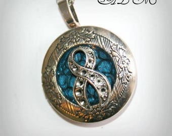 Locket for picture, silver tone, breast cancer symbol, personalized the pendant with a picture, (p\)