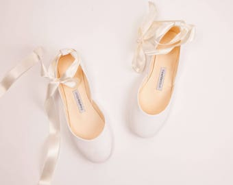 Ballet Flats Wedding Shoes and Leather Tote Bags by thewhiteribbon