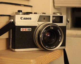 Canon QL17: Film Camera