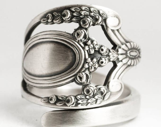 Royal Victorian Ring, Lunt Monticello, Sterling Silver Spoon Ring, Heirloom Ring, Handmade Gift for Her or Him, Adjustable Ring Size (6925)