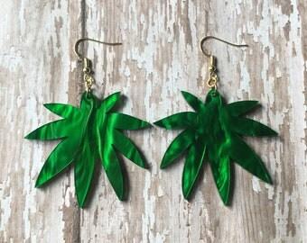 Green palm top earrings