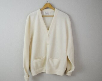 Summer SALE - 20% off - Vintage 60s 70s Ivory WOOL Grandpa Boyfriend Golf Cardigan Sweater // mens medium-- womens large