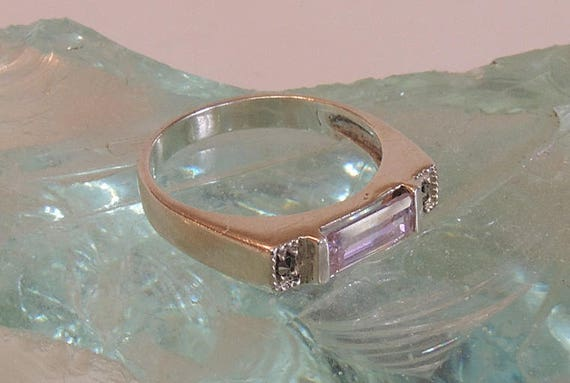 Sterling Silver 925 Pink Baguette Marcasite Modern Ring.. Size 7 (#77)